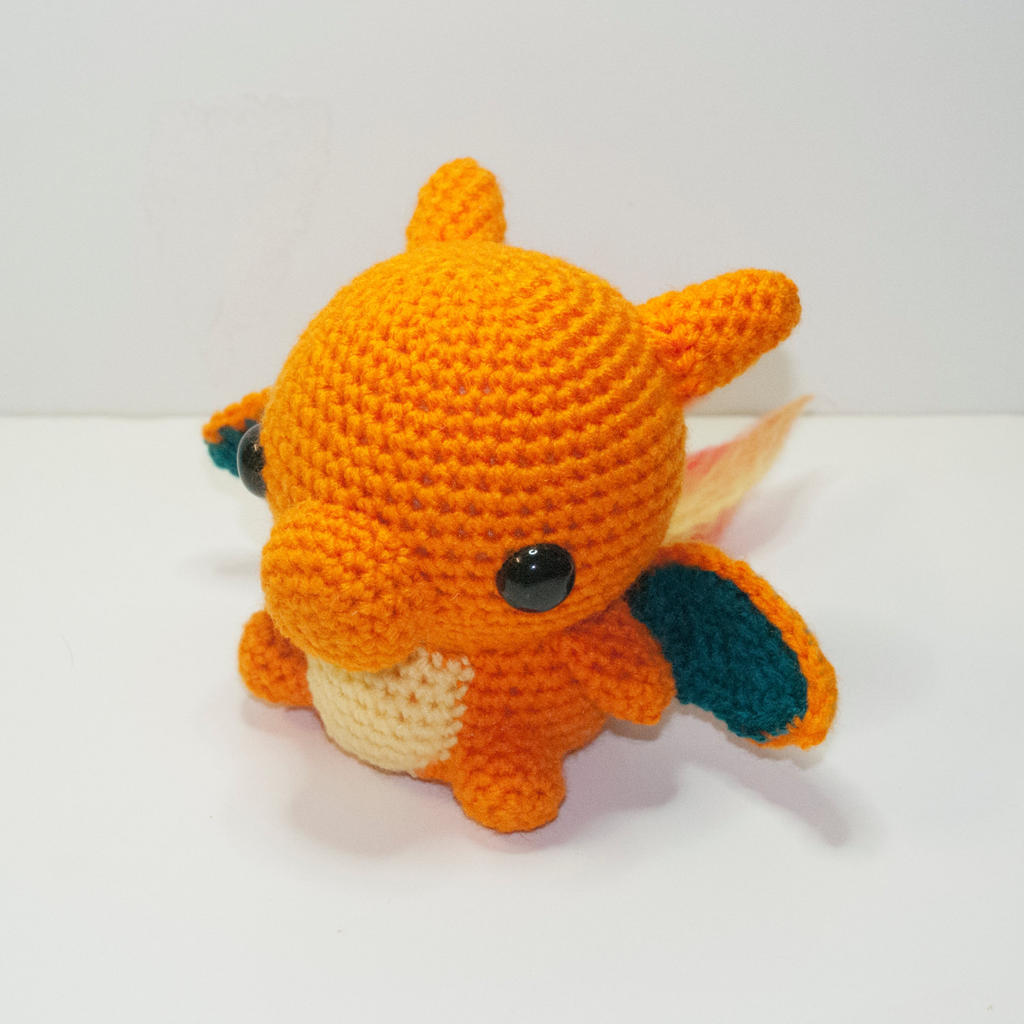 Charizard by Heartstringcrochet on DeviantArt