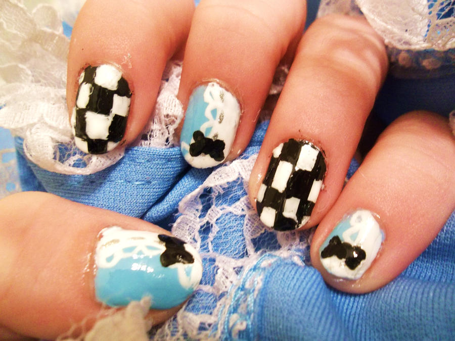 Alice in Wonderland Inspired Nail Art by xXKawaii-PandaXx on DeviantArt