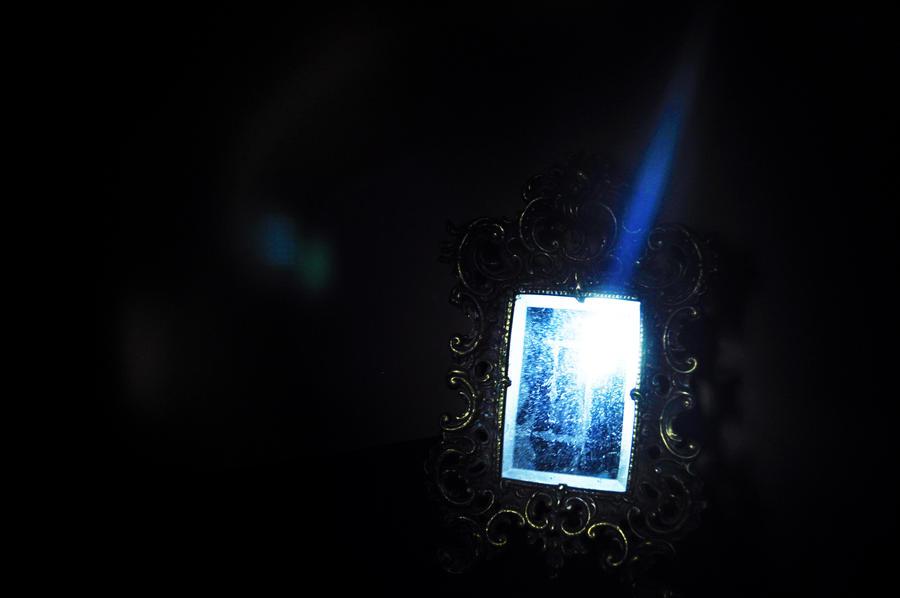 Light 3 by PencilLover
