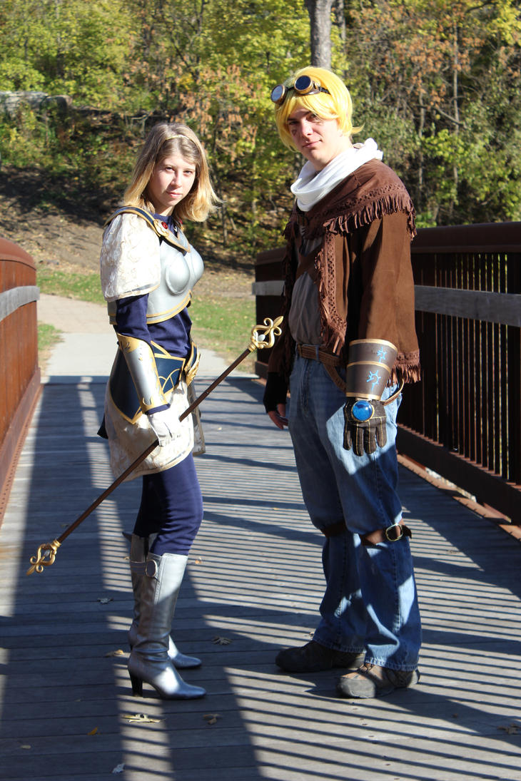 Lux and Ezreal Cosplay: League of Legends by laOchoCinco ...