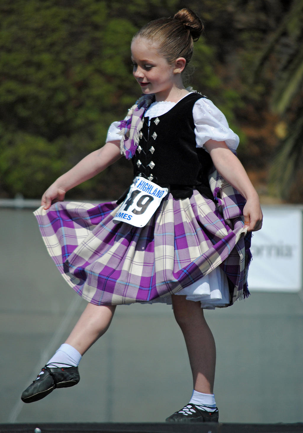 Lormet_Cultural-Dancer-0369sml by Lormet-Images