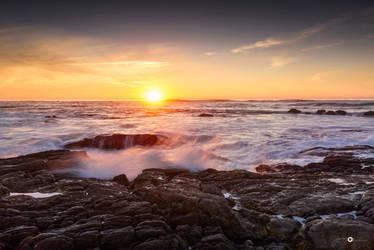 Sunset splash by MarcosRodriguez