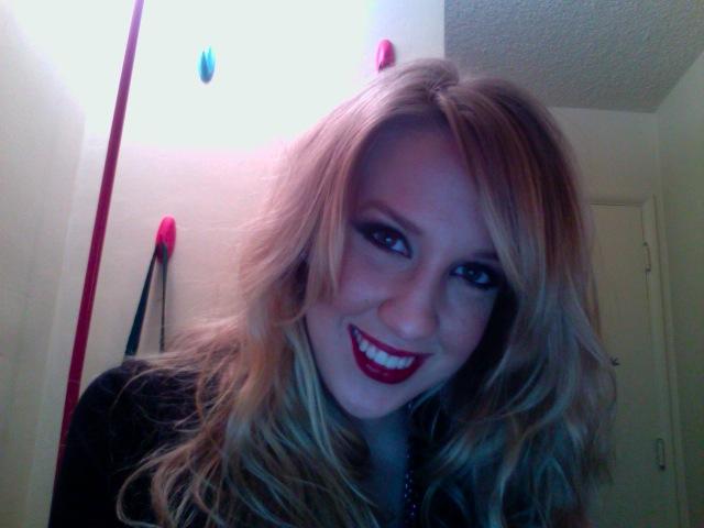 blondathartnhead's Profile Picture