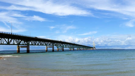 Mackinaw Bridge by euphoricallydead