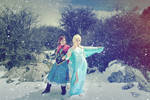 Arendale sisters Elsa and Anna frozen Cosplay