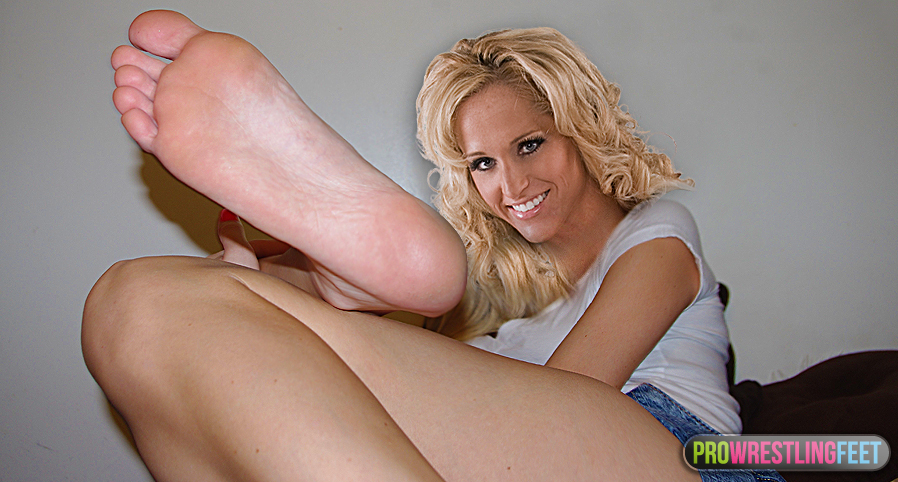 michelle mccool naked pussy pics