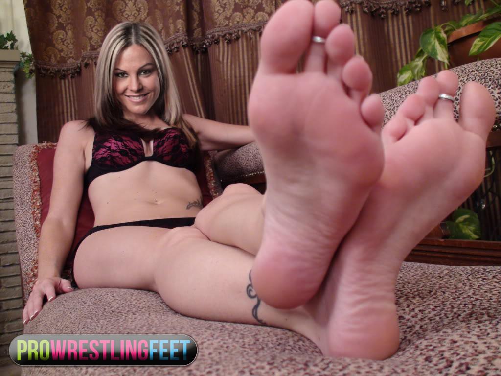Velvet Sky Feet by ProWrestlingFeet