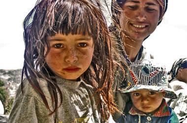 Gypsy Family by deliibo