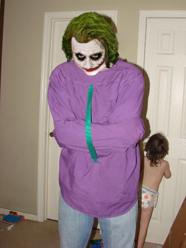The Joker's Straight Jacket by ShadowKyatDemon on DeviantArt