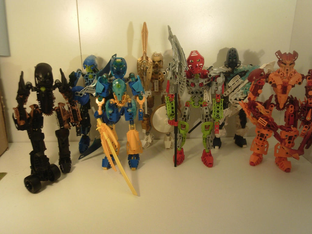 Thabe and Pals: Toa and Glatorian w/ Toa Tools by toa-pikabot