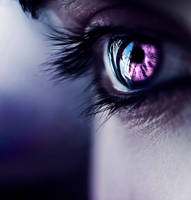 purple moon by Deeevilish