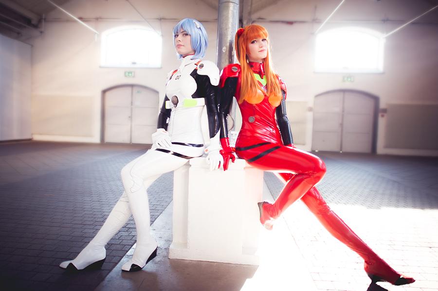 Ringa G and Surine - Rei and Asuka Plugsuits by Avrasil