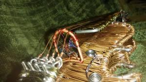Wire violin bridge closeup