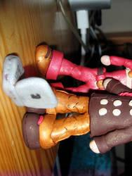 FOB Patrick figurine 3