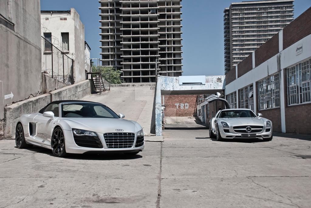 Audi R8 V10 Spyder vs Mercedes SLS AMG by BugattiRyno