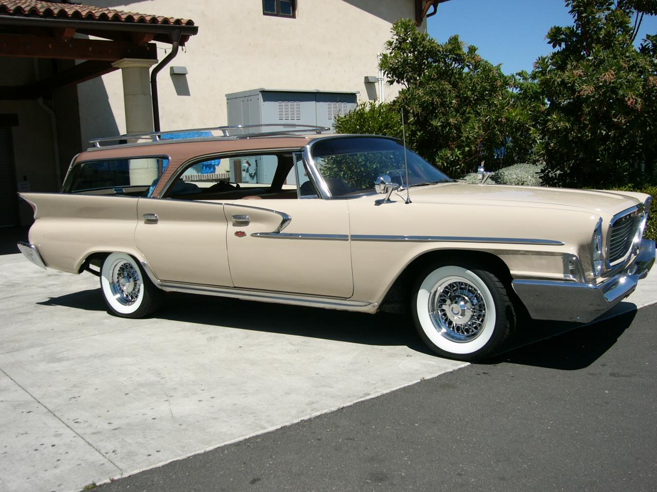 1961 Chrysler Newport wagon by