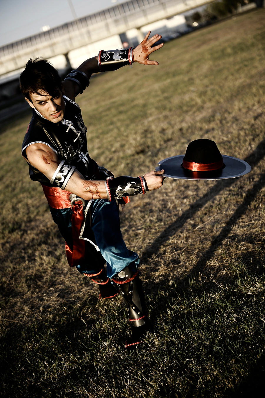 Leon Chiro as Kung Lao - MK9 Romics 2011 D.Germani by LeonChiroCosplayArt