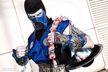 Mortal Freeze by Leon Chiro as Sub-Zero Cosplay by LeonChiroCosplayArt