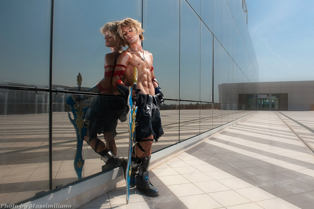 Memories are Eternity - Tidus Dissidia 012 Cosplay by LeonChiroCosplayArt