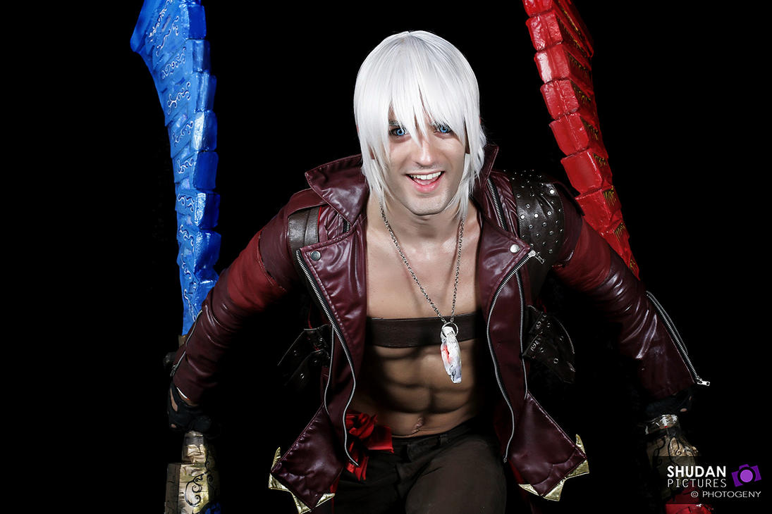 Devil's Smile- Dante Cosplay Devil May Cry by Leon by LeonChiroCosplayArt