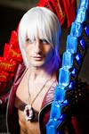 Dante Japan Expo Cosplay by Leon Chiro DmC Art