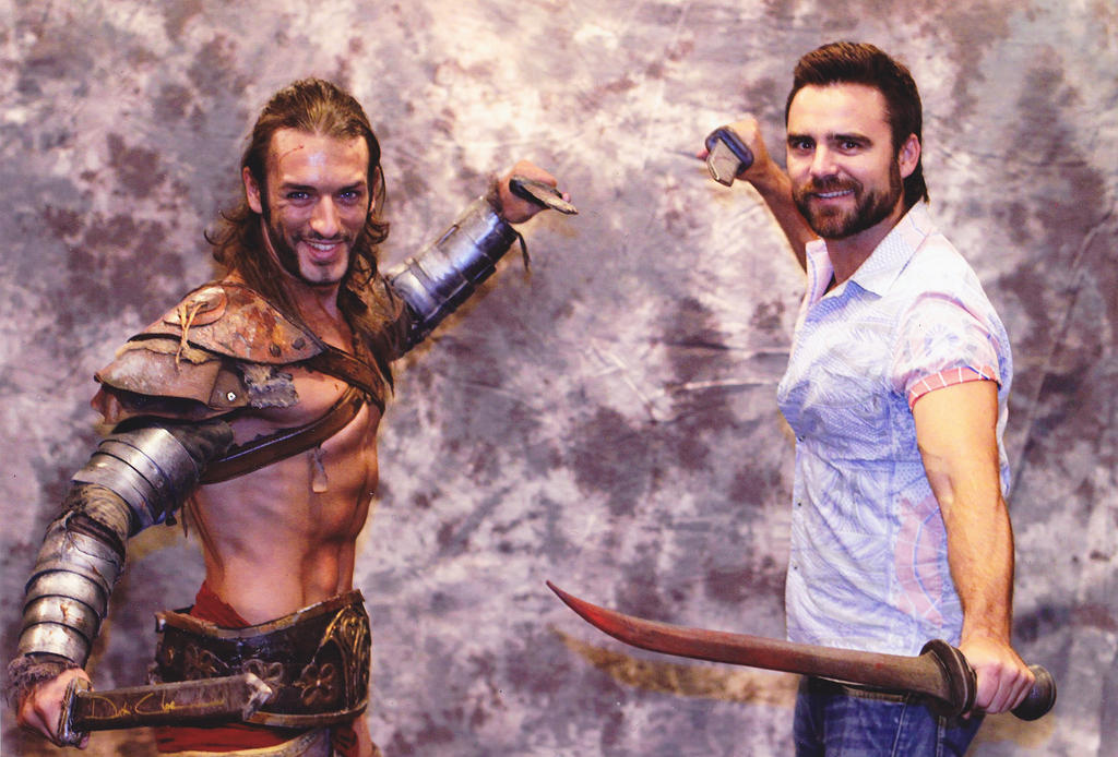 Leon Chiro and Dustin Clare - Gannicus Cosplay