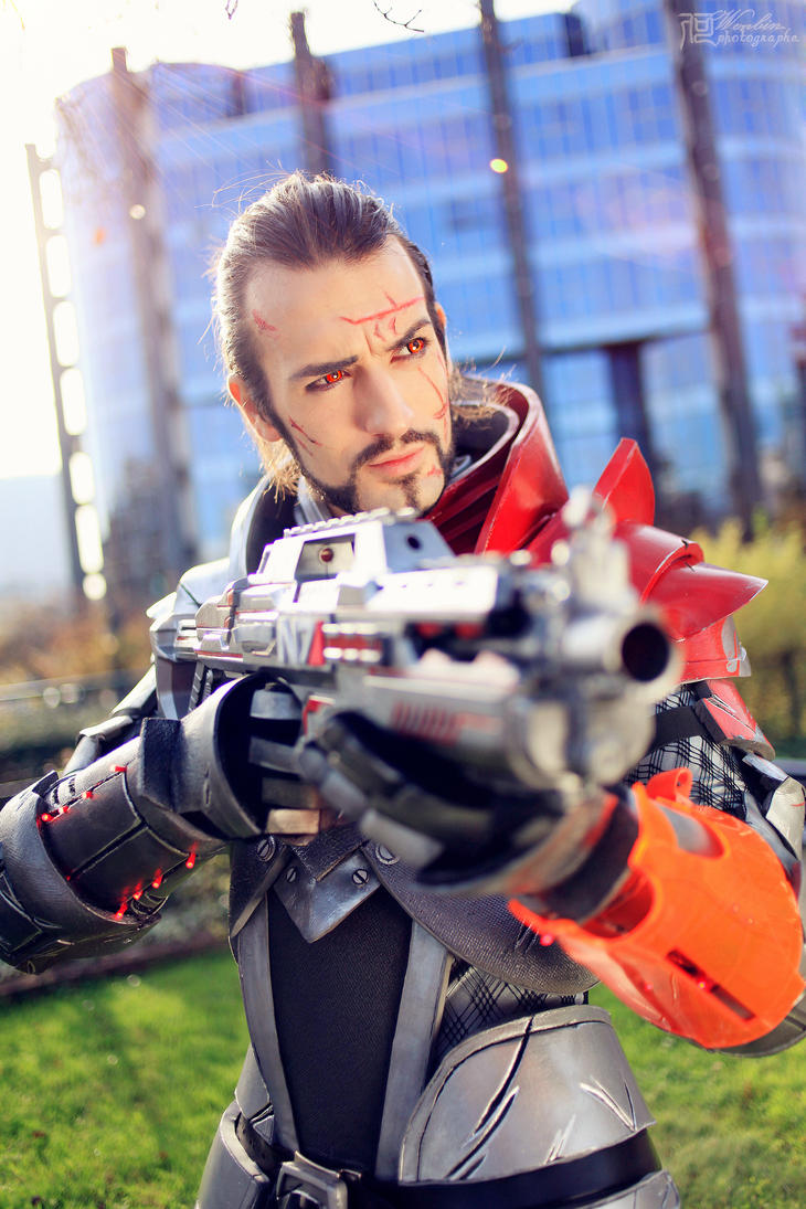 Shepard Cosplay- Blood Dragon Armour Mass Effect 3 by LeonChiroCosplayArt