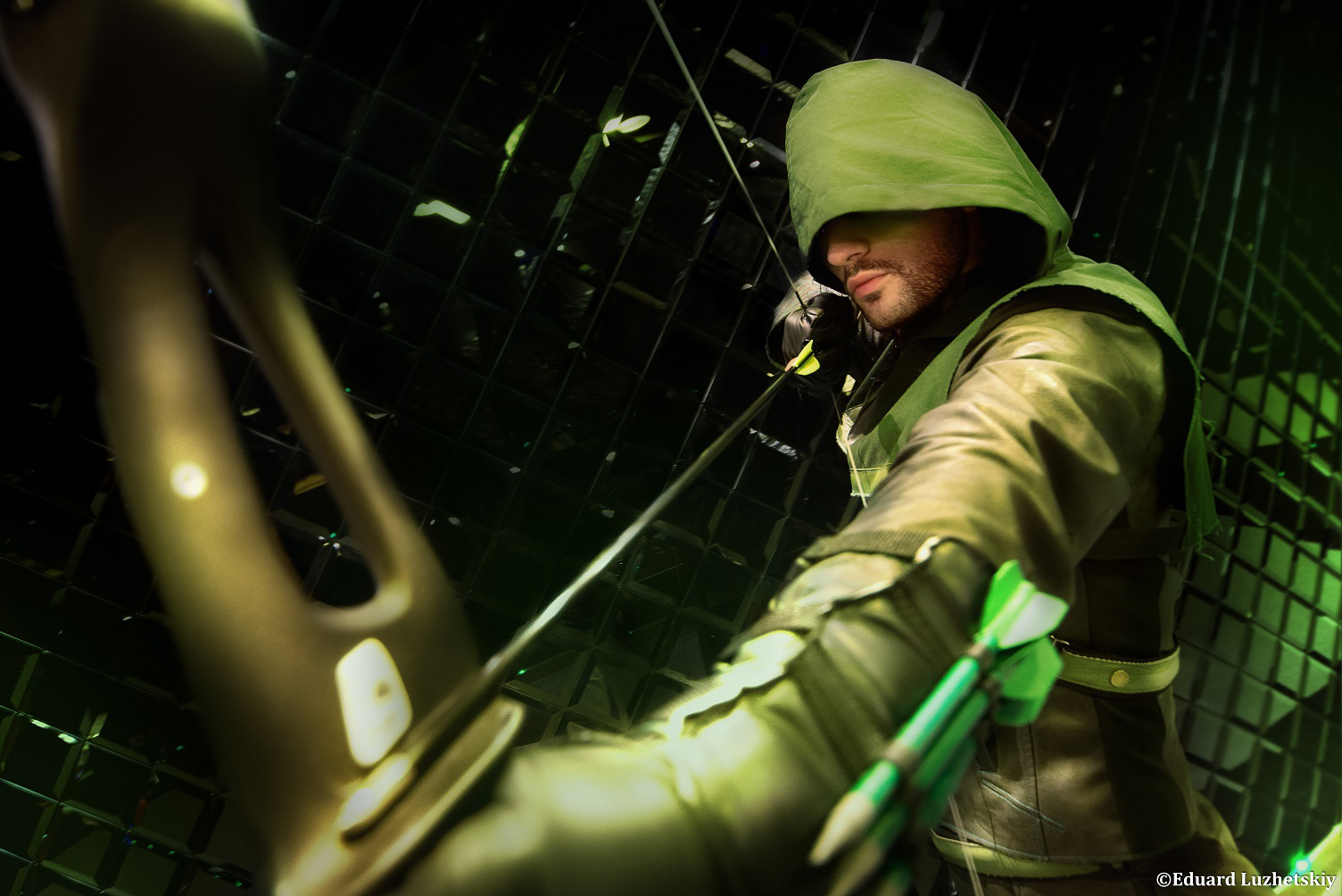 Arrow Cosplay - Oliver Queen by Leon Chiro EXplay by LeonChiroCosplayArt