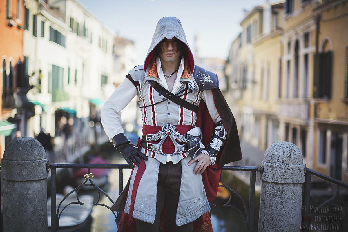 Ezio Auditore Cosplay Assassin S Creed 2 By Leon By Leonchirocosplayart On Deviantart