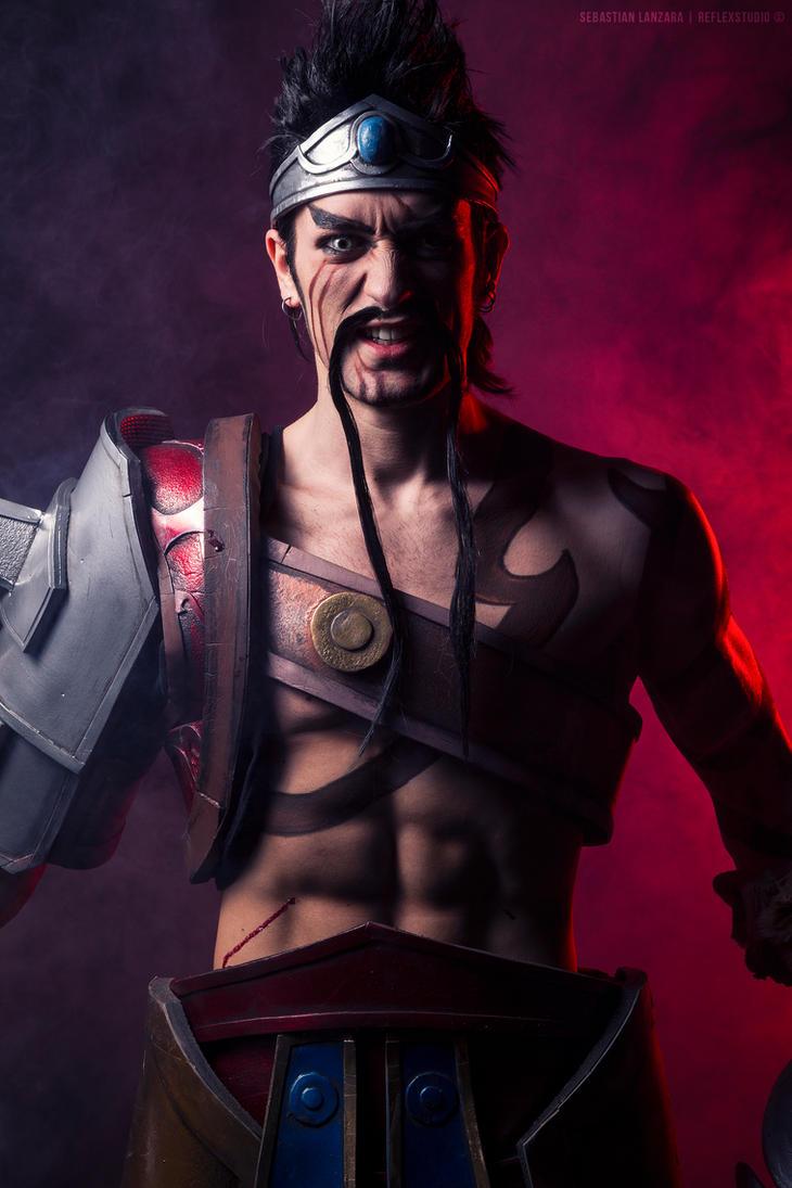 Draven - League of Legends Cosplay by Leon Chiro by LeonChiroCosplayArt