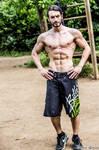 #FitnessFriday - Leon Chiro ( Calishtenics)