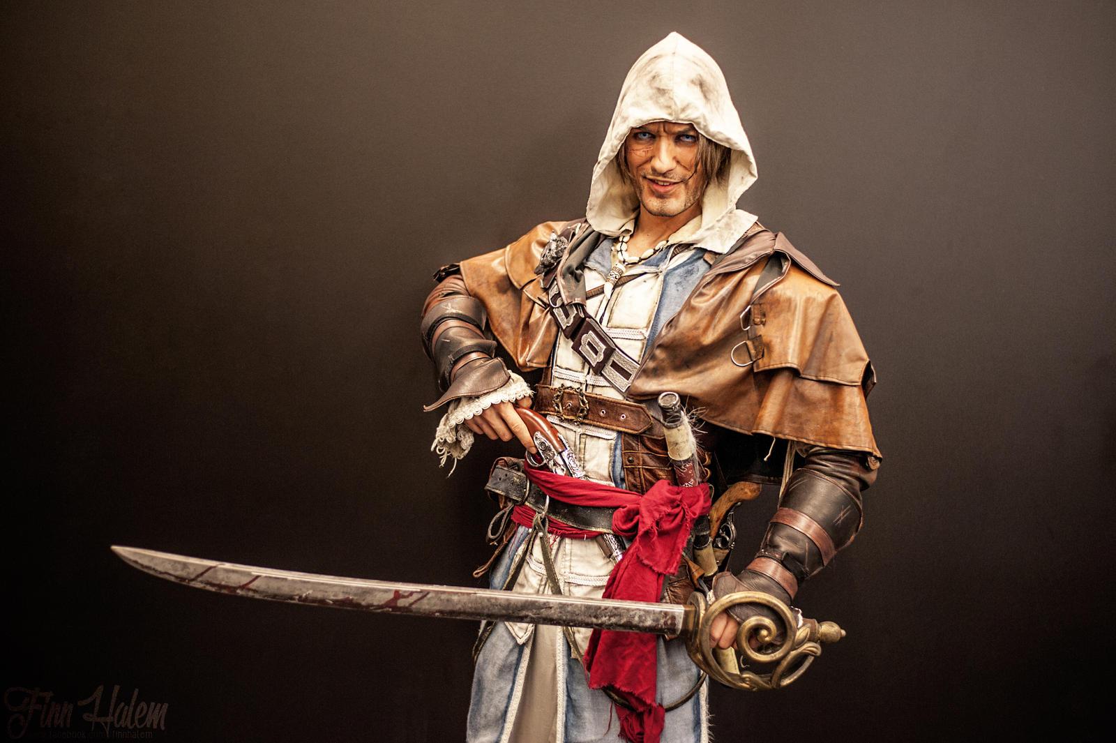 Edward Kenway Cosplay Assassin's Creed IV - PARLEY by LeonChiroCosplayArt