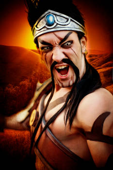Gladiator Draven - League of Legends Cosplay by LC