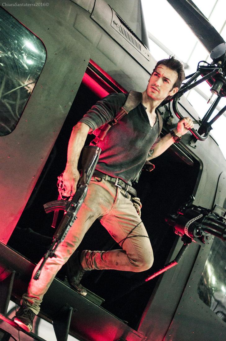 Nathan Drake - Uncharted 4 Cosplay Helicopter Land by LeonChiroCosplayArt