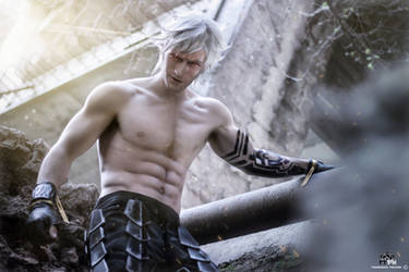 Eve - NieR Automata Cosplay by Leon Chiro PREVIEW