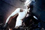 Eve - NieR Automata Cosplay by Leon Chiro - DIE