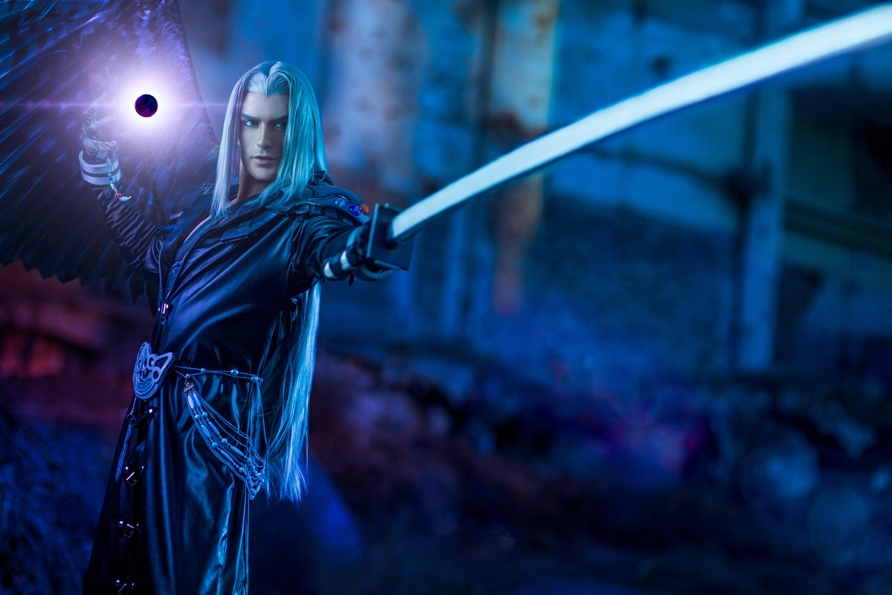 Sephiroth Cosplay - Final Fantasy Dissidia NT by LeonChiroCosplayArt