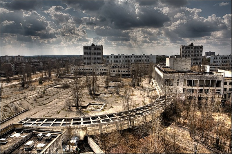 The dead city of Pripyat... by Bobrbor