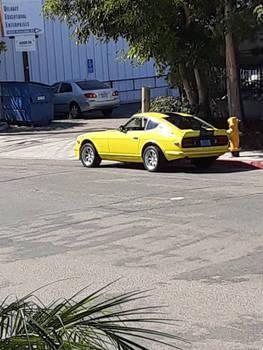 Datsun Z Yellow on Black Stripes