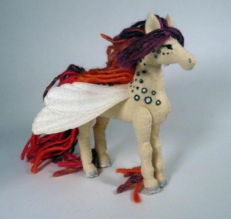 fairy horse by Shalladdrin