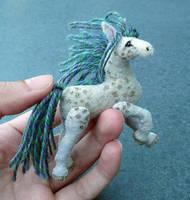Mini horse by Shalladdrin