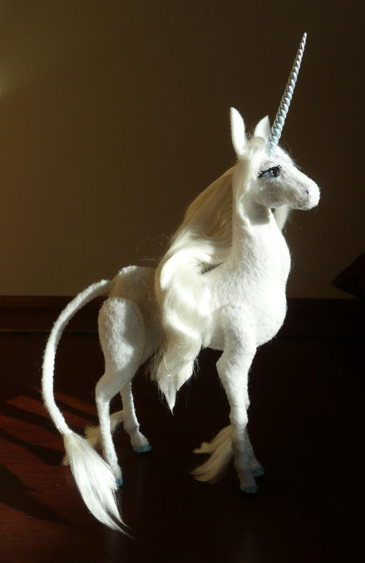 The last unicorn by Shalladdrin