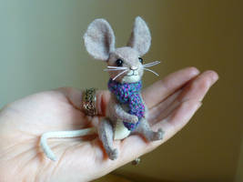 Willow the mouse by Shalladdrin