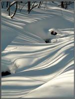 Snow Stripes by papatheo