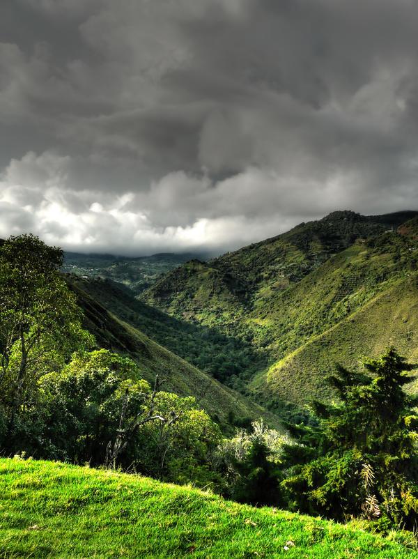 Mountains Near Cali by papatheo