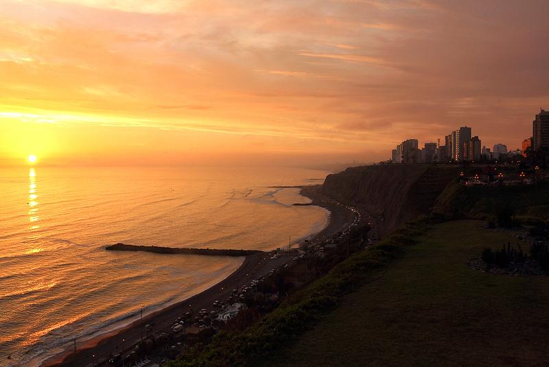 Peruvian Sunset by papatheo