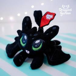 Dragons' Garden - Night Fury Plushie by Dragons-Garden