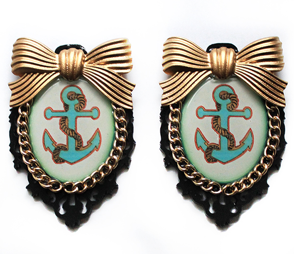Large Anchor Earrings by asunder