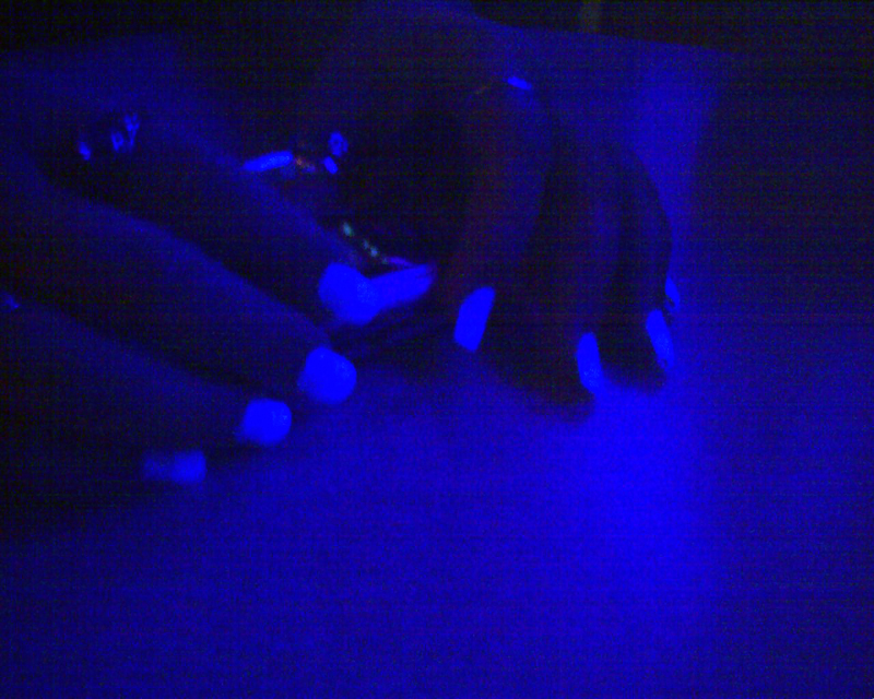 Blacklight Nails of Awesome by miserychic