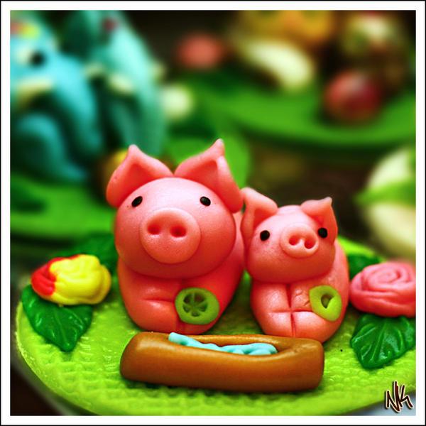 Ako ste gladni ili zedni svratite - Page 2 Marzipan_Piggies_by_ieatSTARS